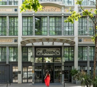 Entrance of Hotel Paris Bastille Boutet