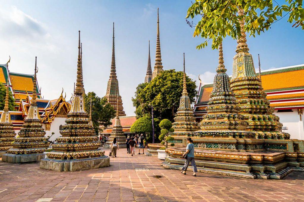 Golden stupas at Wat Pho in Bangkok
