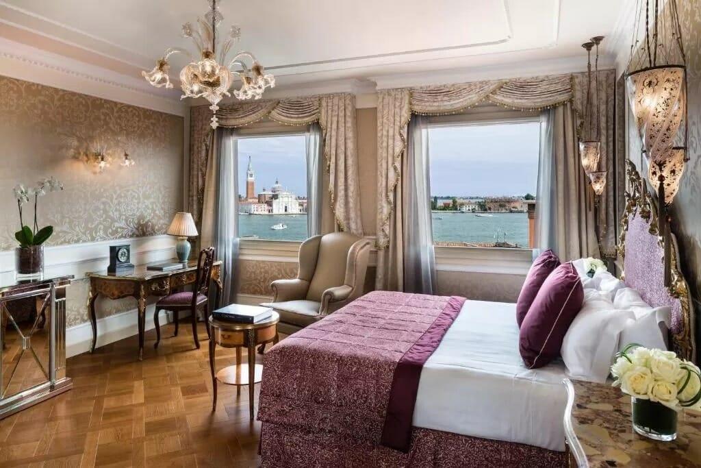 Baglioni Hotel Luna2