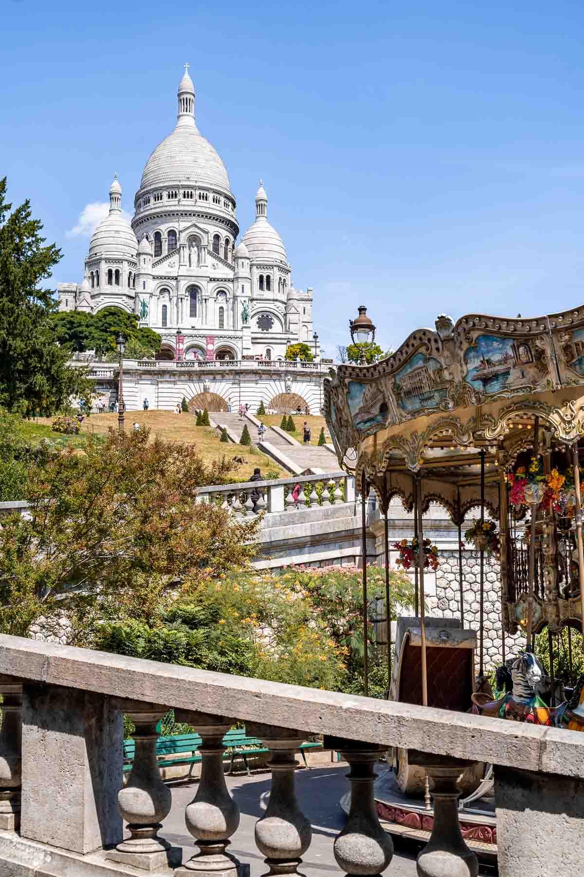 Carrousel de Saint-Pierre in Montmartre, Paris
