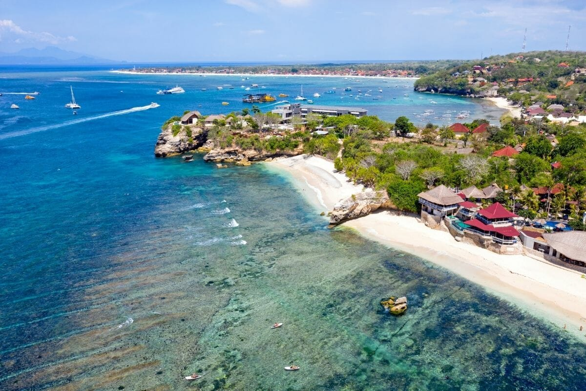 Mushroom Bay Beach on Nusa Lembongan