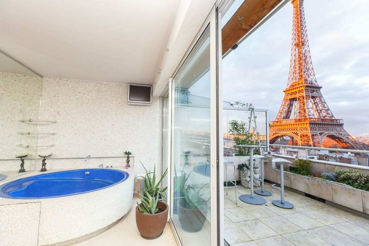 Penthouse with the Best View of Paris Airbnb