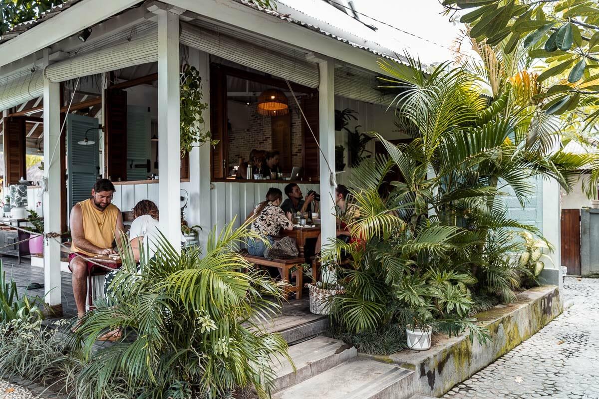 Outside eating area at the Shady Shack in Canggu, Bali