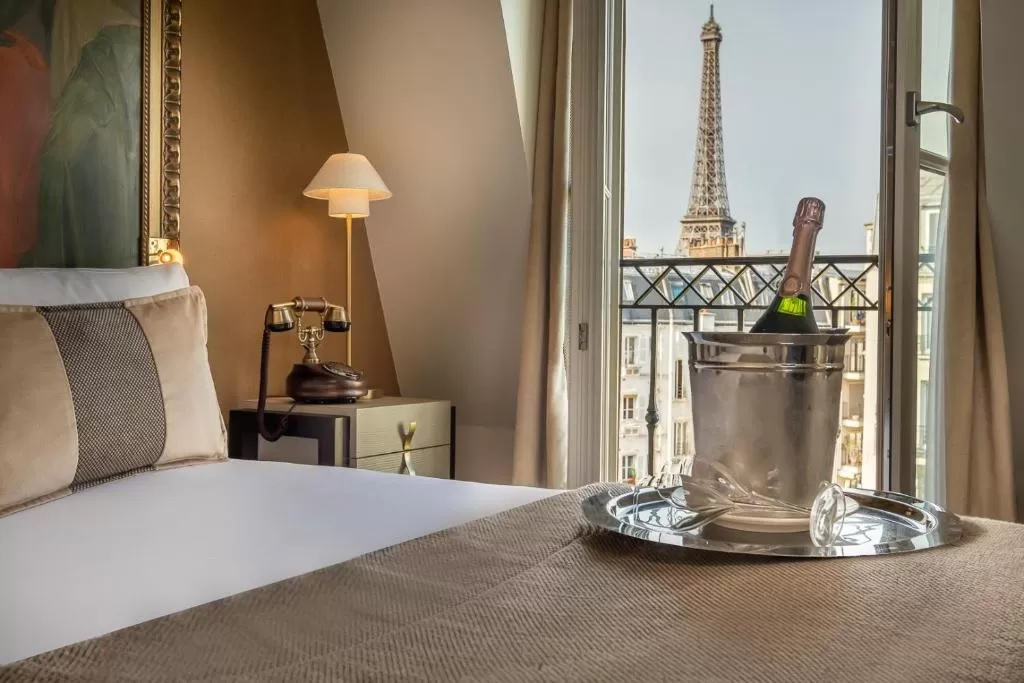 Hôtel Le Walt, one of the best hotels with eiffel tower view from room