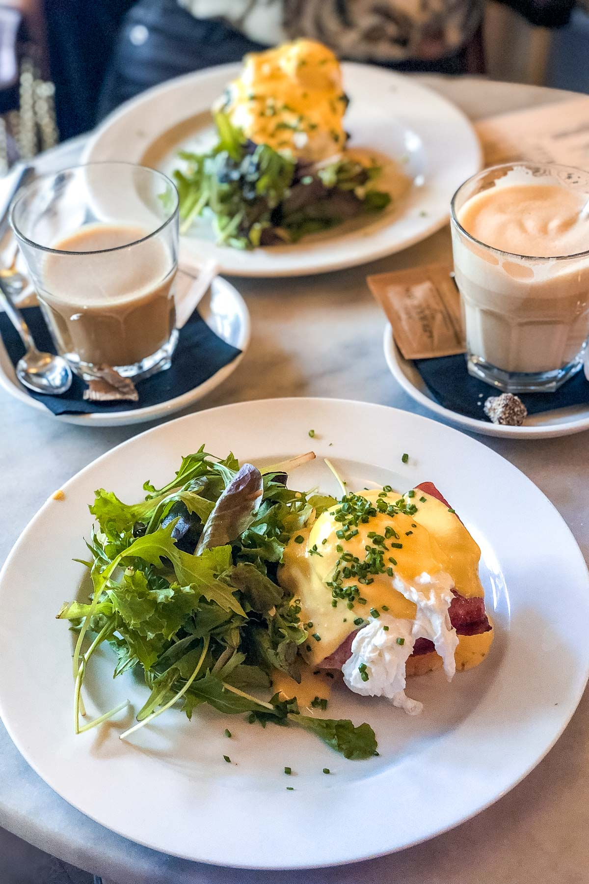 Breakfast at Két Szerecsen Bistro in Budapest